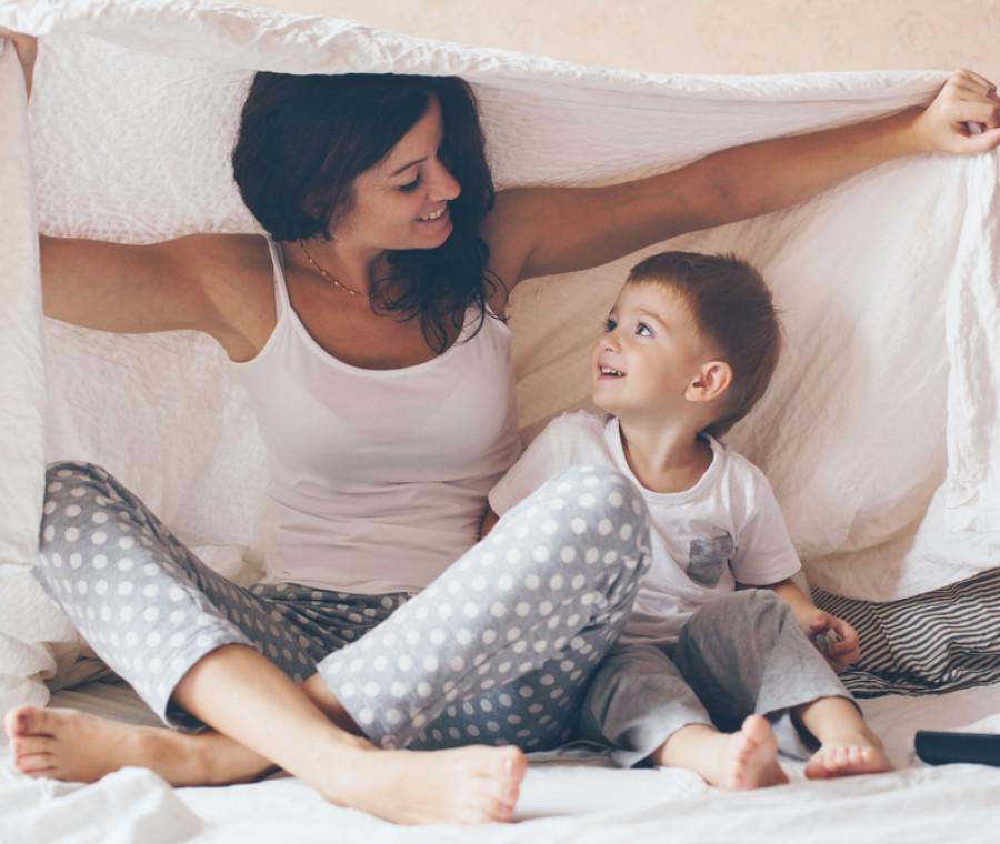 i-momenti-dolci-di-una-mamma-e-del-suo-bambino