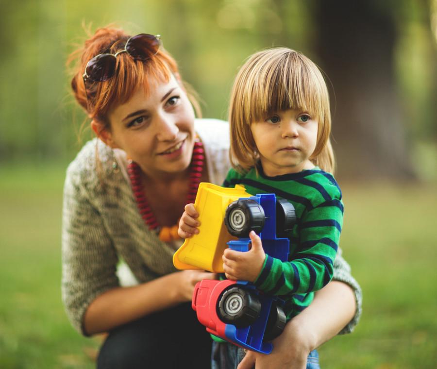 10-tipi-di-baby-sitter-che-molte-di-noi-hanno-incontrato-nella-vita