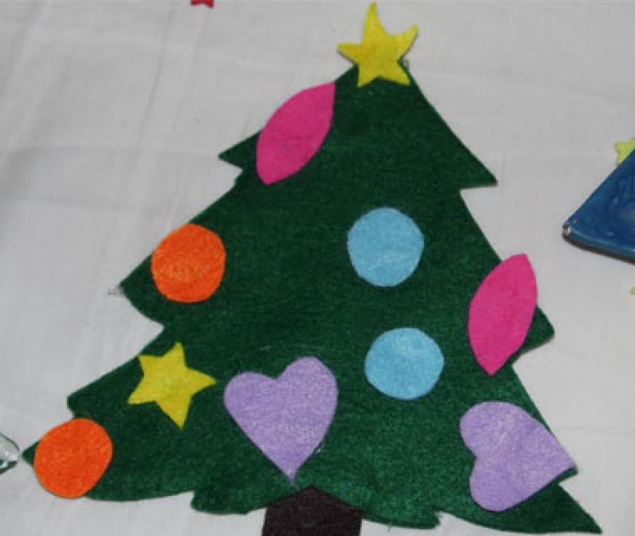 Pannolenci Lavoretti Di Natale.Albero Di Natale In Pannolenci Video Tutorial Pianetamamma It