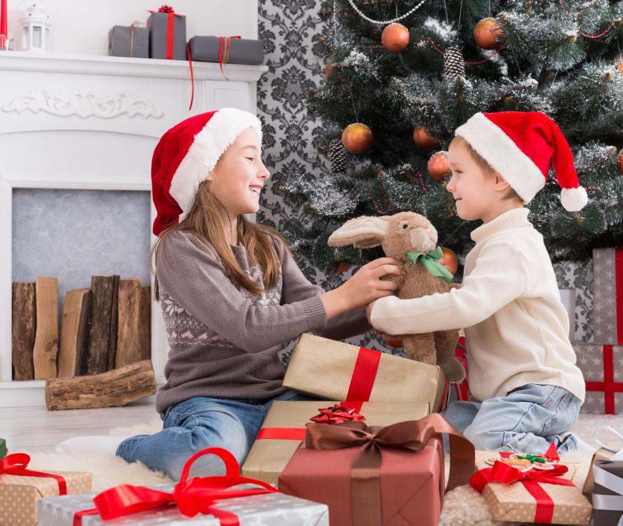 regali-di-natale-come-scegliere-giocattoli-sicuri