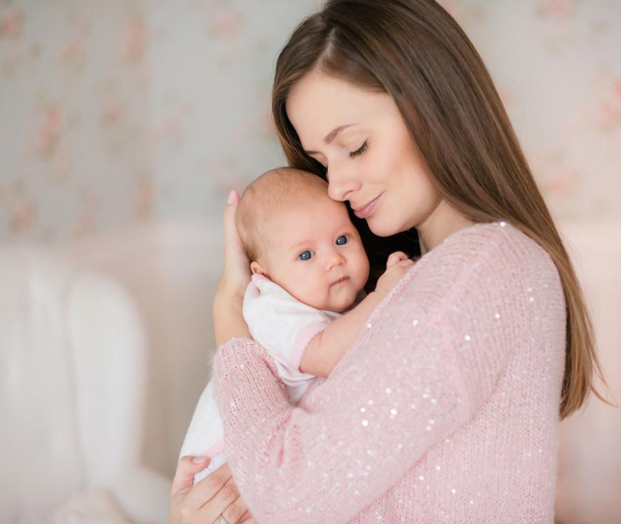 gioie-e-dolori-della-maternita-ce-ne-parla-lo-psicologo