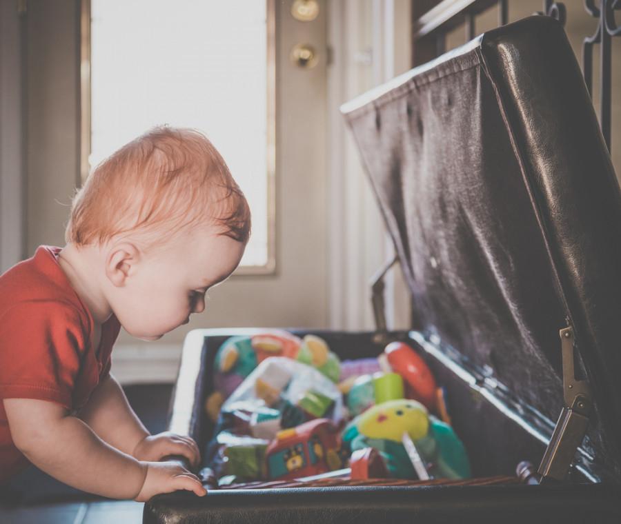 come-preparare-una-busy-box-per-i-bambini