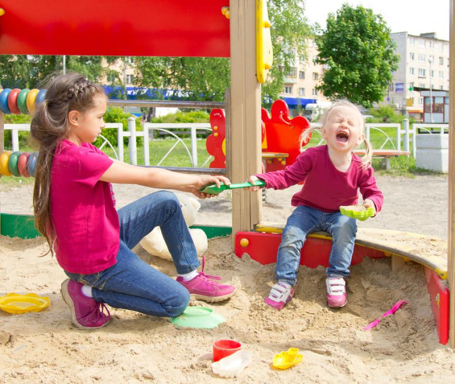 la-pedagogista-ci-spiega-come-insegnare-ai-bambini-a-difendersi