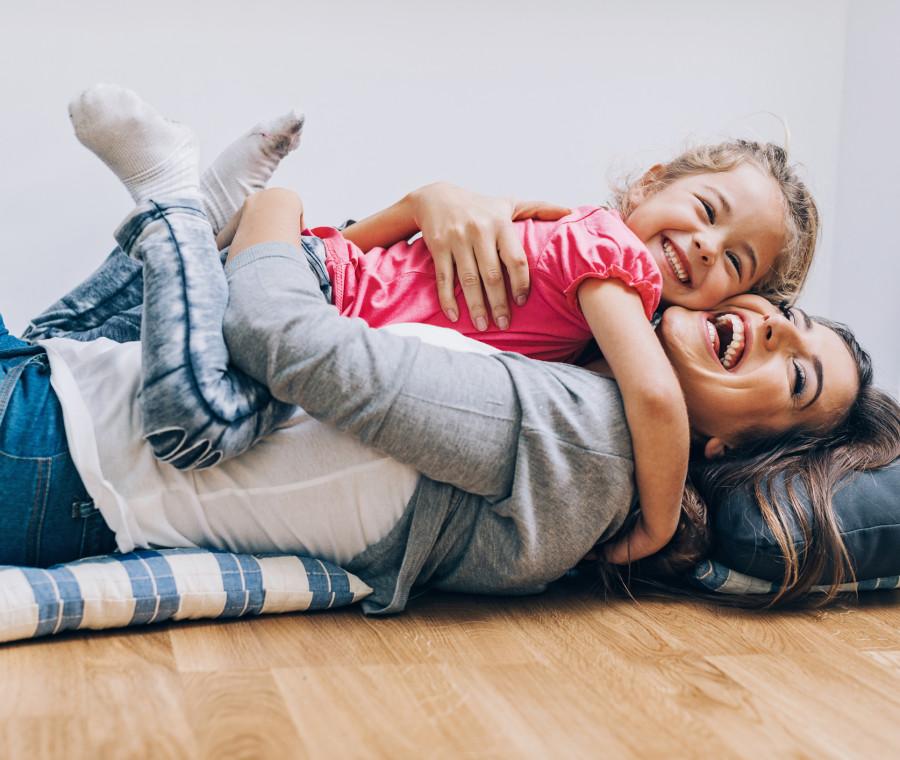 quanto-influisce-un-abbraccio-sullo-sviluppo-intellettivo-e-affettivo-del-bambino