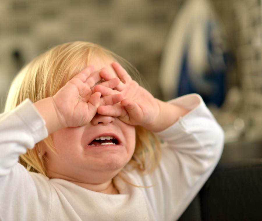 perche-i-bambini-si-comportano-peggio-quando-la-mamma-e-presente