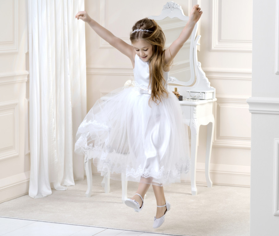 abiti-per-la-prima-comunione-dalle-tuniche-ai-look-piu-eleganti