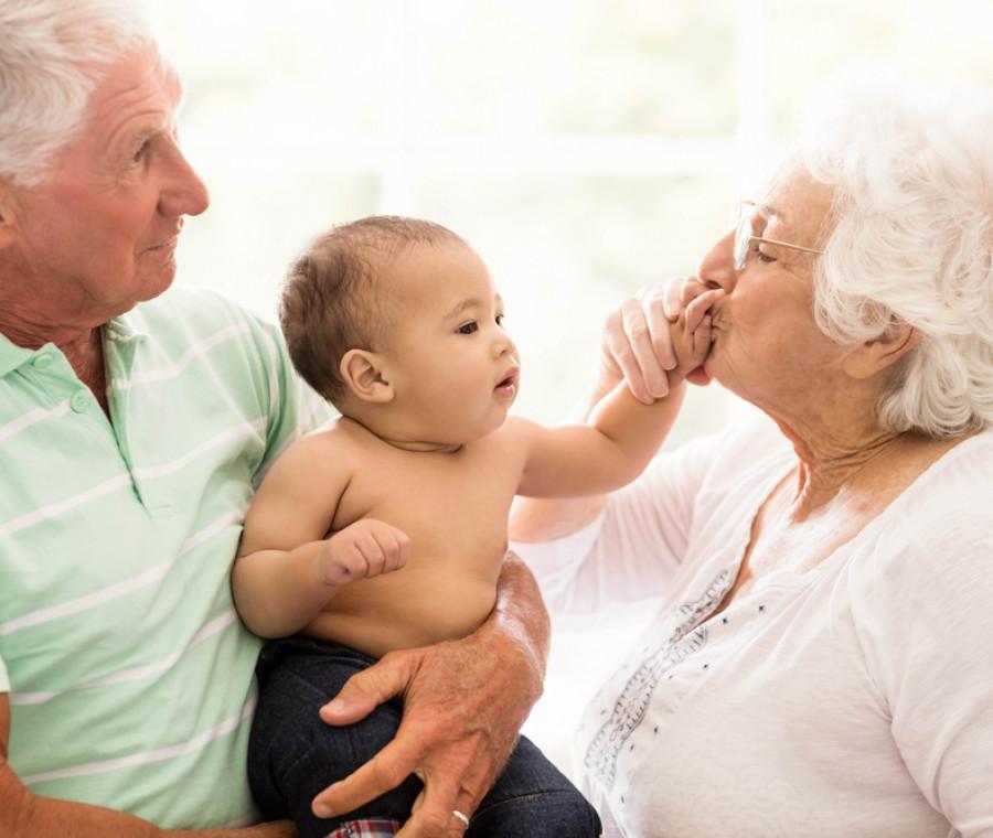 il-ruolo-dei-nonni-nel-post-partum-i-consigli-dell-esperto