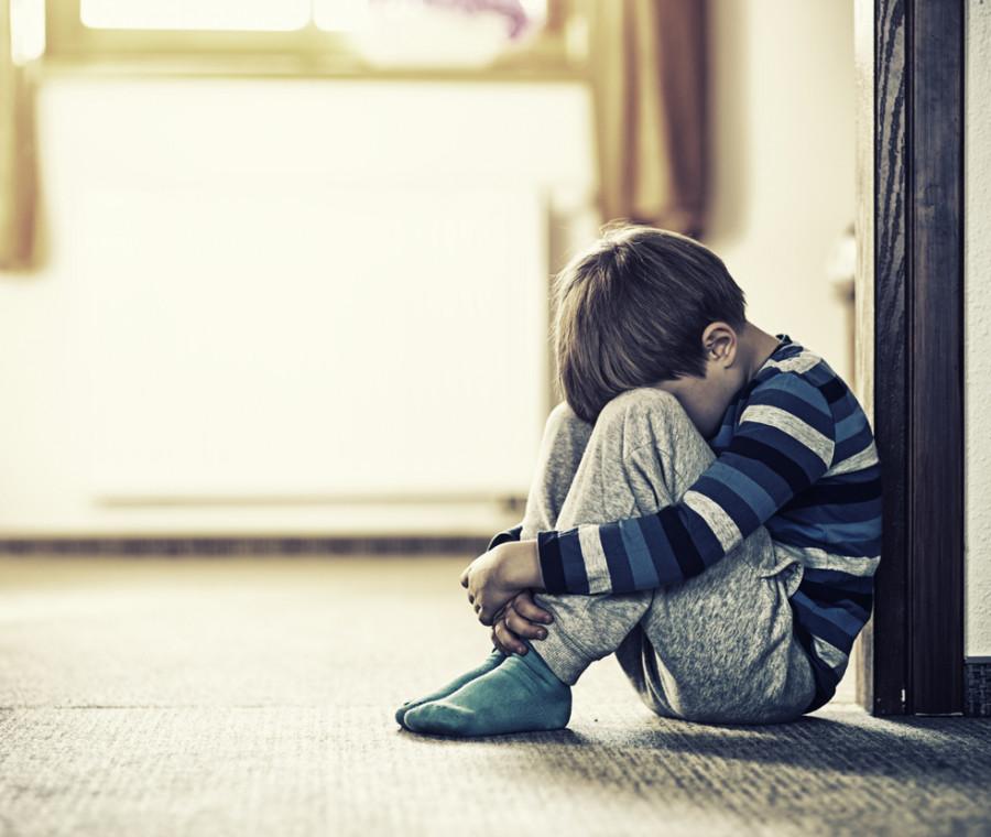 fiori-d-azzurro-per-aiutare-telefono-azzurro-a-difendere-i-bambini-vittime-di-violenze