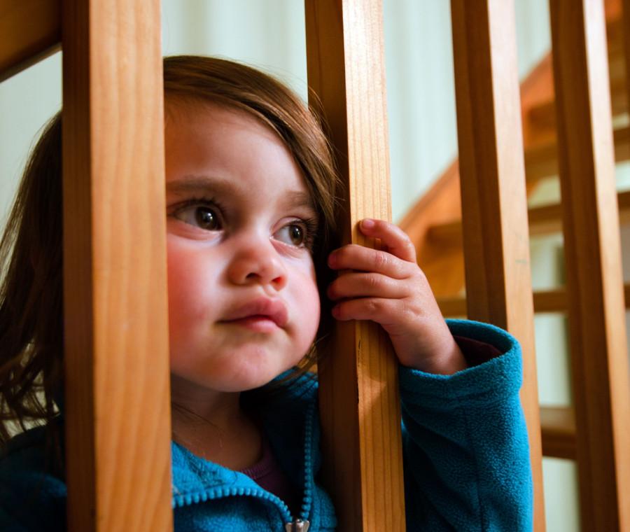 e-legittimo-lasciare-i-figli-minori-a-casa-risponde-la-nostra-avvocatessa