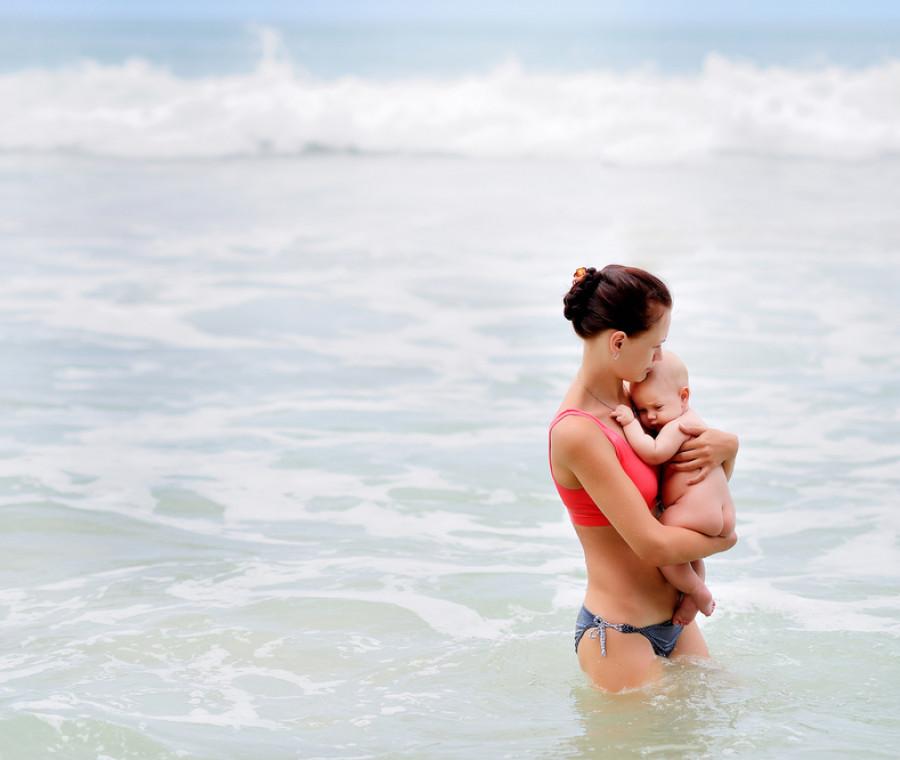 post-parto-e-prova-costume-tutte-in-spiaggia