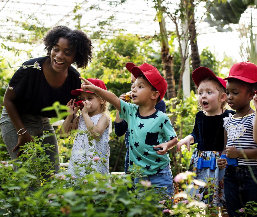 una-giornata-in-un-giardino-d-infanzia-della-pedagogia-steineriana