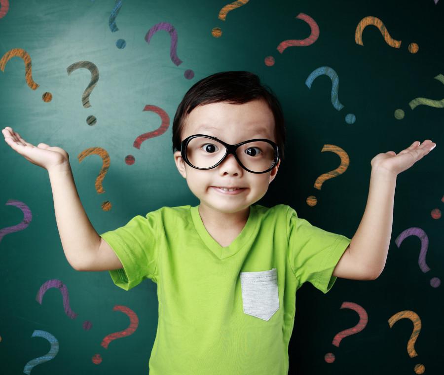come-abituare-e-aiutare-i-bambini-a-porsi-domande