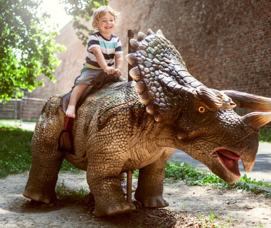 bambini-alla-scoperta-dei-dinosauri