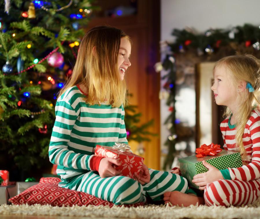 cosa-regalare-ai-bambini-per-natale-guida-ragionata-per-eta-e-tipologia-di-gioco