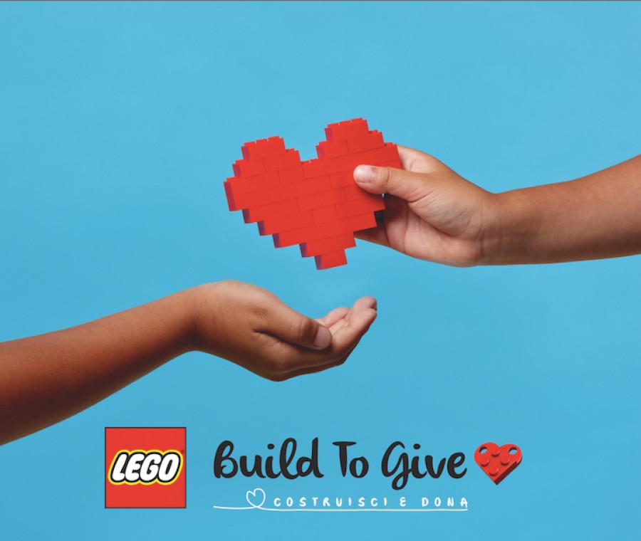 lego-build-to-give-costruisci-e-dona-crea-la-tua-decorazione-per-aiutare-i-bambini