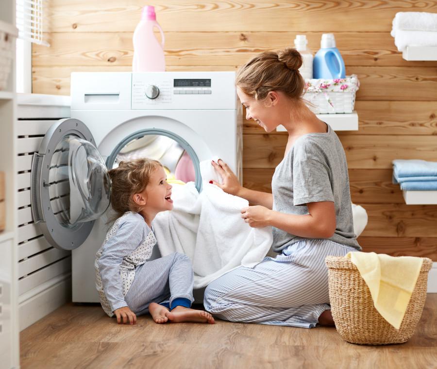 reddito-di-maternita-la-proposta-di-uno-stipendio-per-chi-rinuncia-al-lavoro
