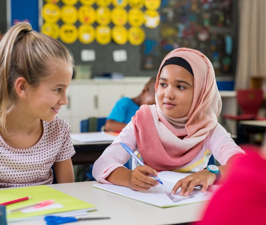 diverse-culture-a-scuola-devono-essere-rispettate-o-annullate