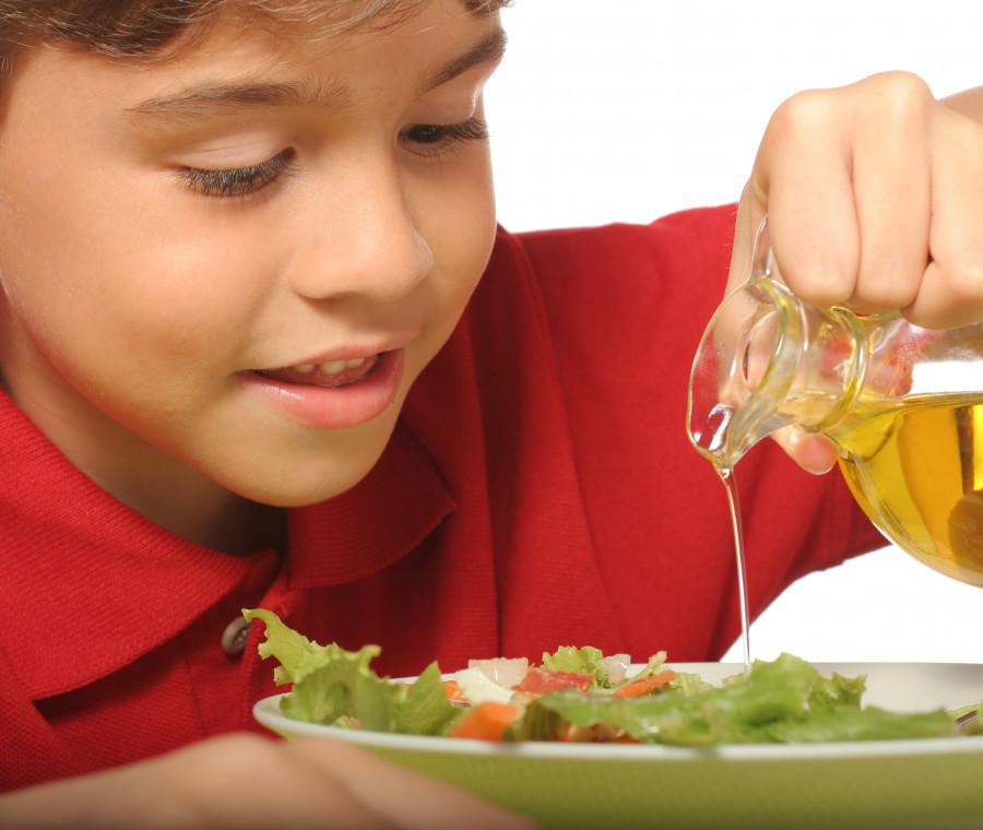 l-olio-d-oliva-fa-bene-contro-il-fegato-grasso-nei-bambini-lo-studio