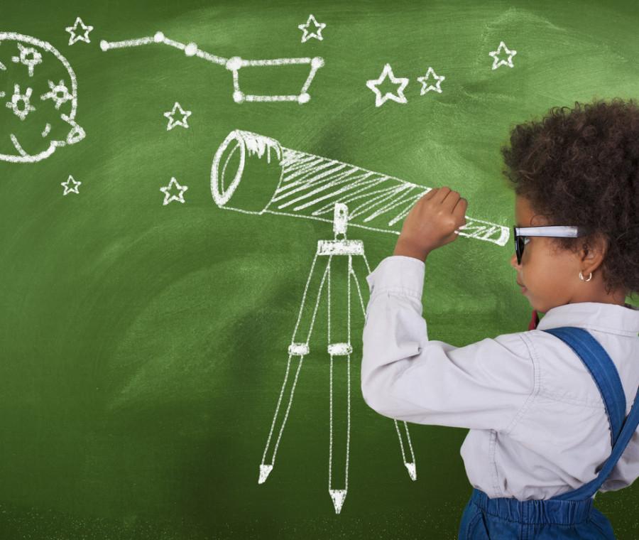 consigli-di-lettura-a-tema-luna-e-spazio-per-bambini