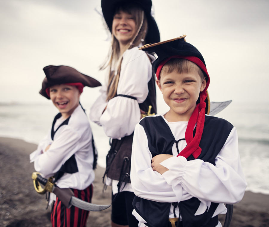 come-realizzare-un-vestito-di-carnevale-da-pirata-per-bambini