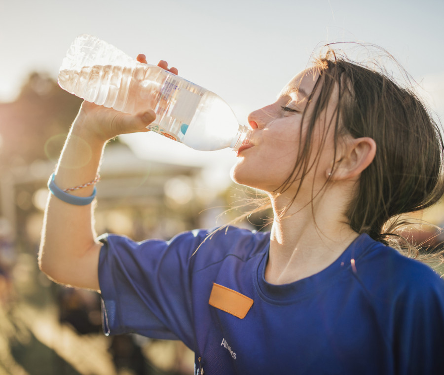 quanta-acqua-deve-bere-un-bambino-risponde-il-pediatra