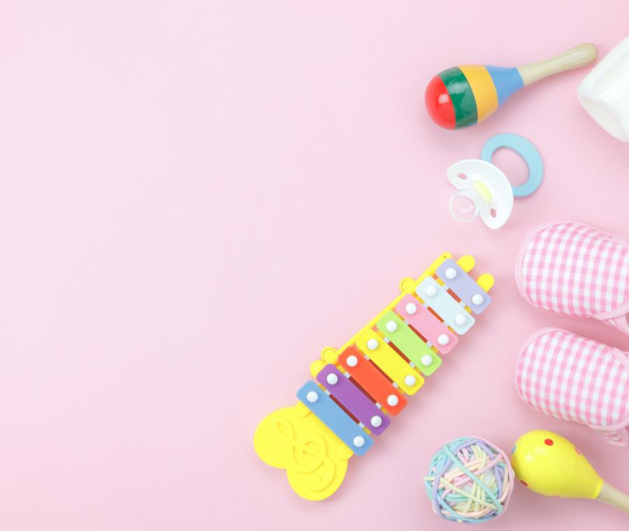 regali-per-neonati-femmine-la-guida-all-acquisto