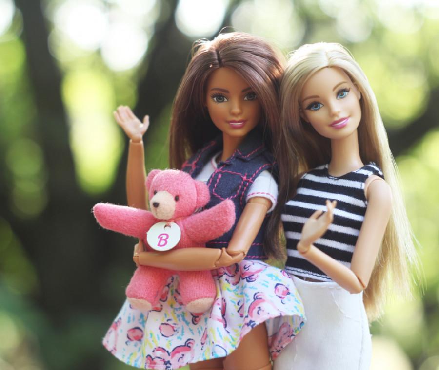 barbie-compie-60-anni-e-si-rifa-il-look