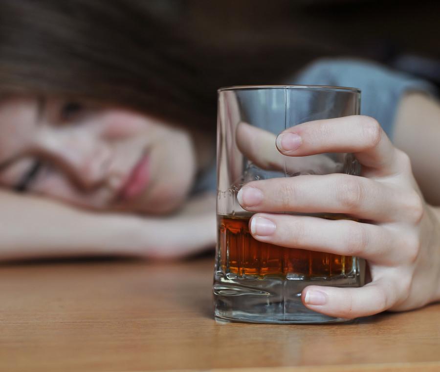 binge-drinking-lo-sballo-da-alcol-per-il-17-dei-giovani-l-allarme-degli-esperti