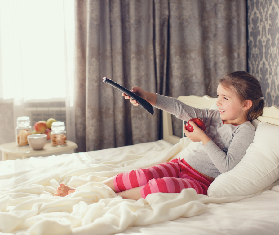 la-tv-in-camera-da-bambini-danneggia-fisico-e-psiche-nell-adolescenza