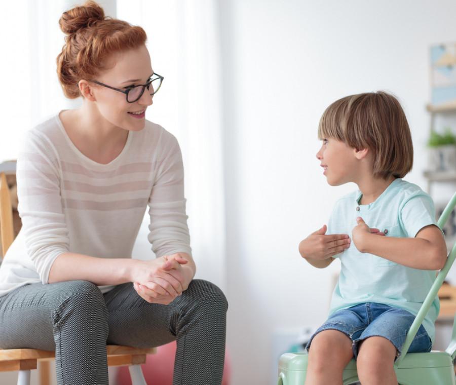 i-difetti-di-pronuncia-cause-e-terapie-spiegate-dalla-logopedista