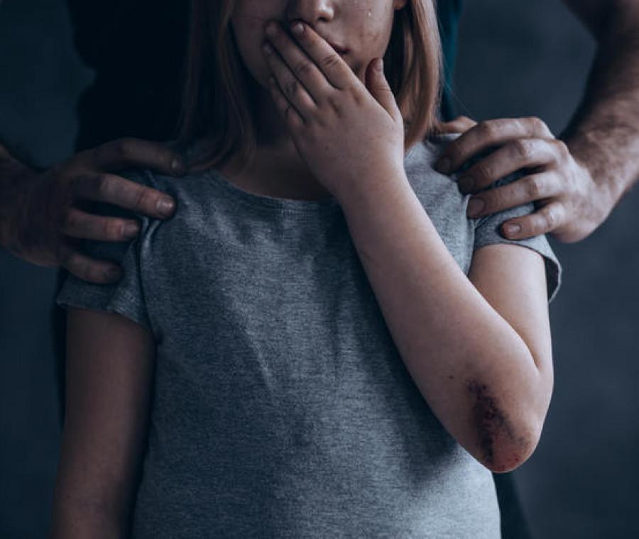violenza-sui-minori-chi-e-l-abusante-e-perche-abusa