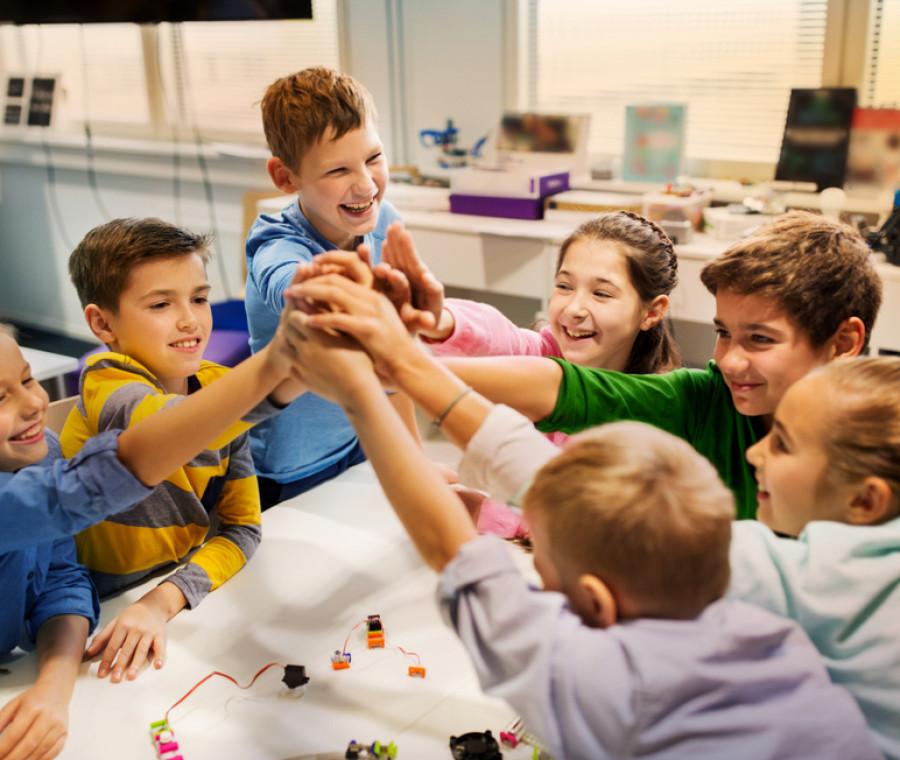 l-importanza-educativa-della-cooperazione-a-scuola-tra-pari