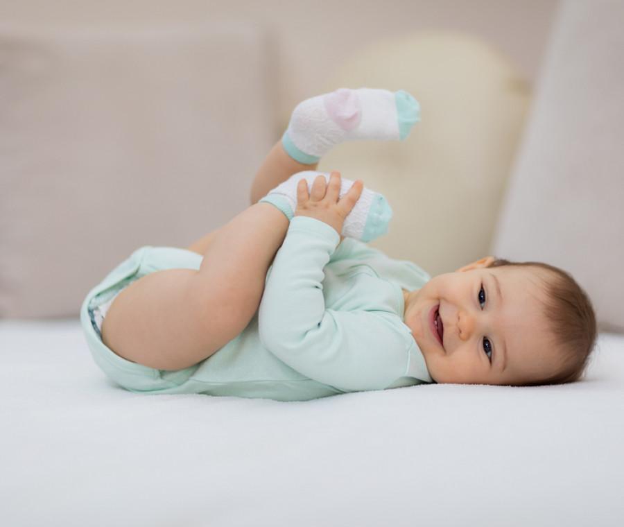 il-neonato-a-5-mesi-sviluppo-sonno-gioco-e-molto-altro
