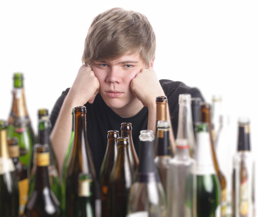 binge-drinking-a-13-anni-rischiano-scompenso-acuto-da-alcol