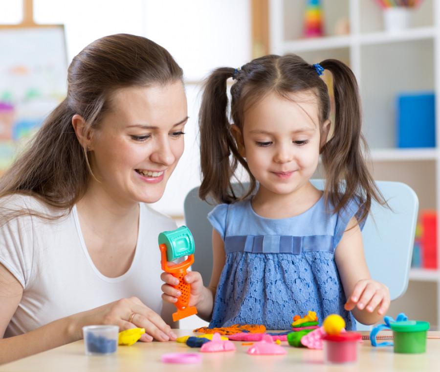 materiale-creativo-per-fare-i-lavoretti-con-i-bambini