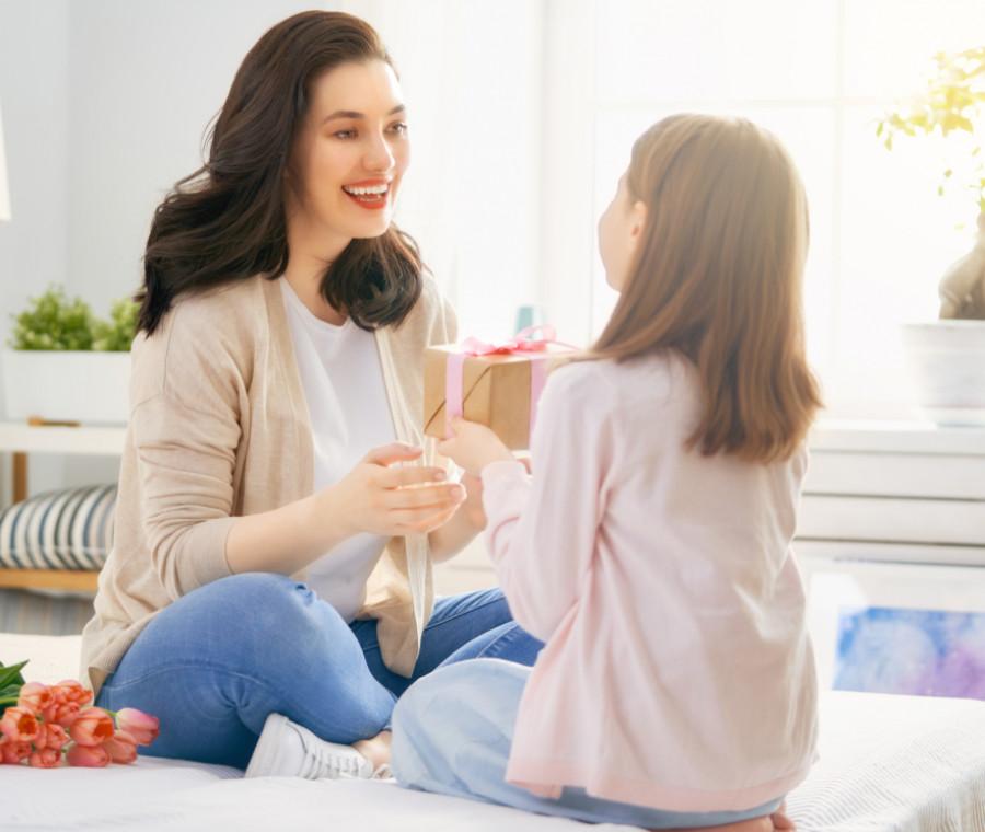 10-idee-regalo-per-la-festa-della-mamma-da-comprare-online