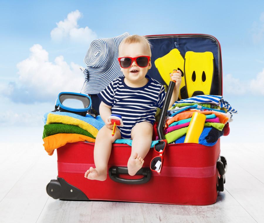 cosa-mettere-nella-valigia-dei-bambini-per-le-vacanze