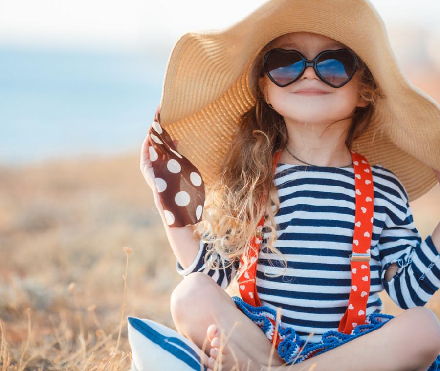prodotti-e-accessori-per-proteggere-i-bambini-al-sole