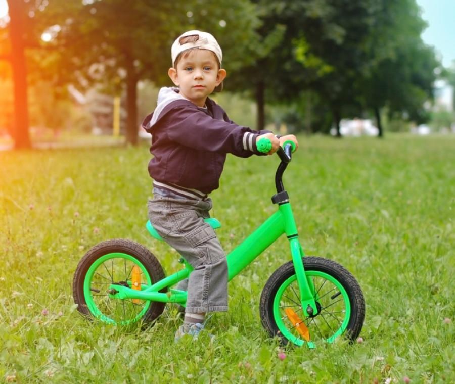 bicicletta-senza-pedali-addio-triciclo