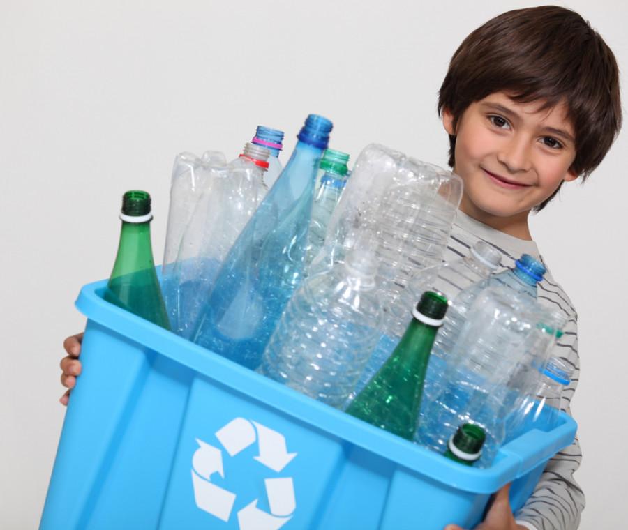 come-vivere-senza-plastica-insieme-ai-bambini-i-nostri-consigli