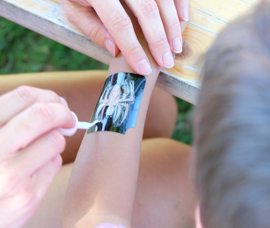 tatuaggi-di-halloween-per-bambini-e-adulti-da-comprare-online