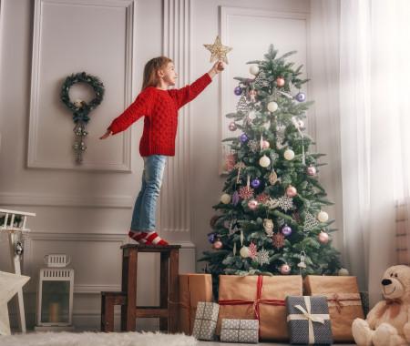 Albero Di Natale Trackidsp 006.La Storia Dell Albero Di Natale Per Bambini Pianetamamma It