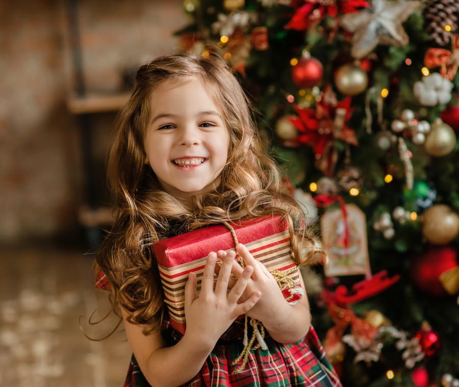 regali-di-natale-per-bambine-dalle-bambole-ai-giochi-educativi-ecco-cosa-mettere-sotto-l-albero