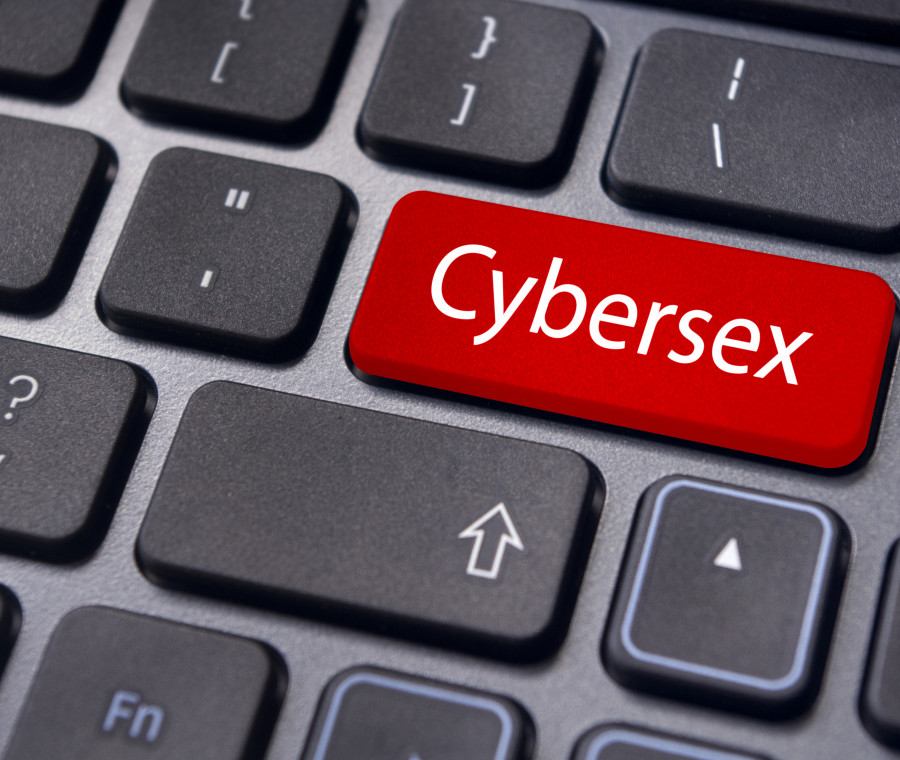 il-sexting-ed-il-cybersex-bambini-e-adolescenti-a-rischio