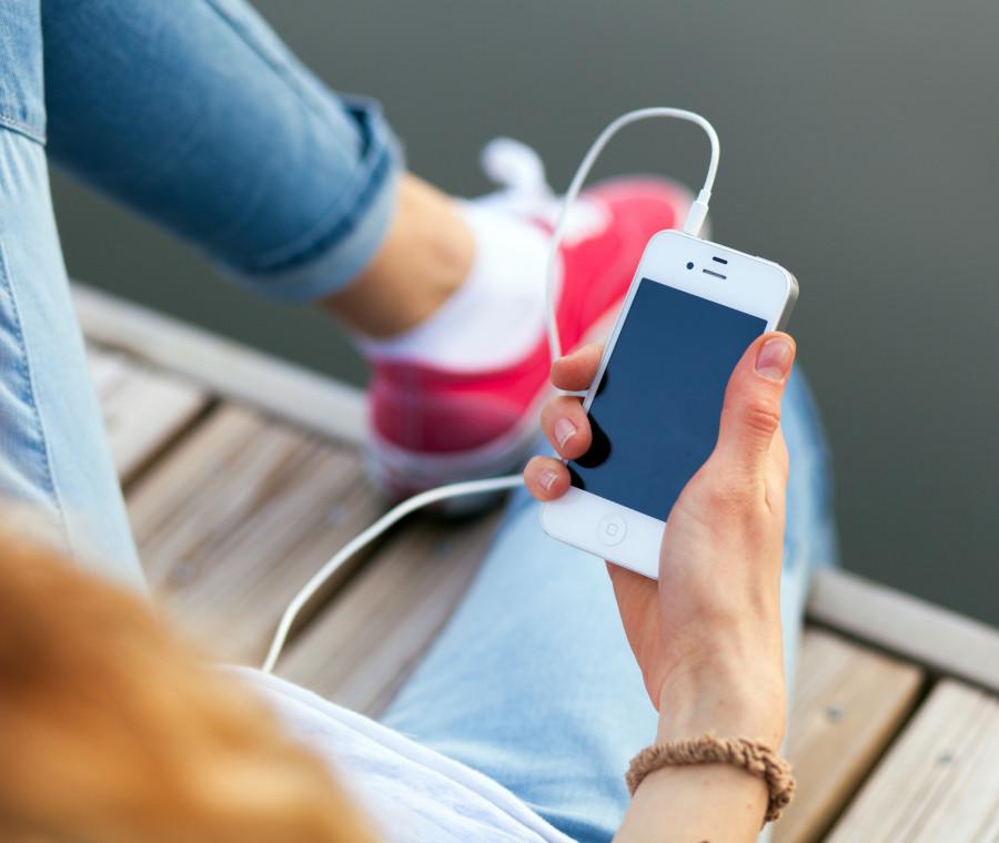 ecco-come-l-iphone-ha-cambiato-la-creativita-dei-ragazzi