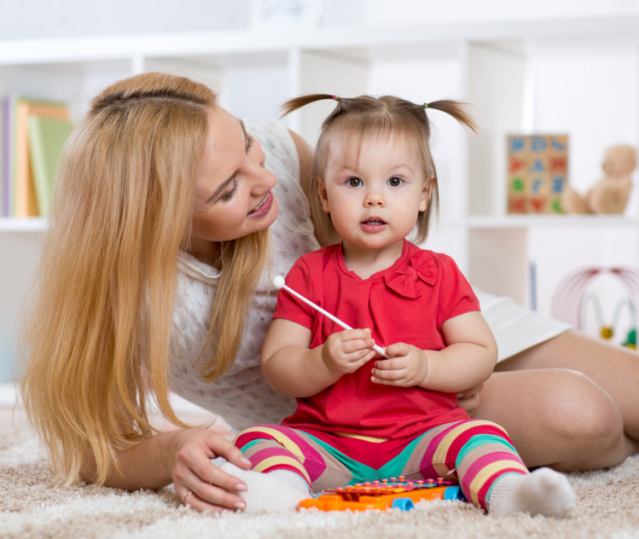 arriva-un-codice-deontologico-per-baby-sitter-ecco-quali-sono-i-punti-da-rispettare