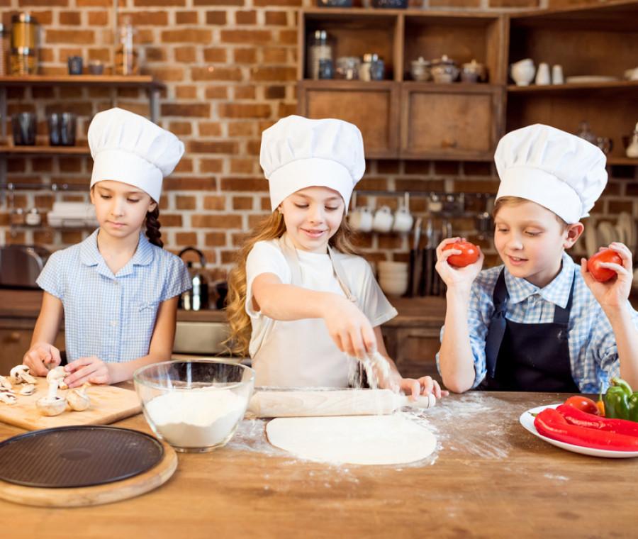 come-fare-la-pizza-con-i-bambini-consigli-e-ricette