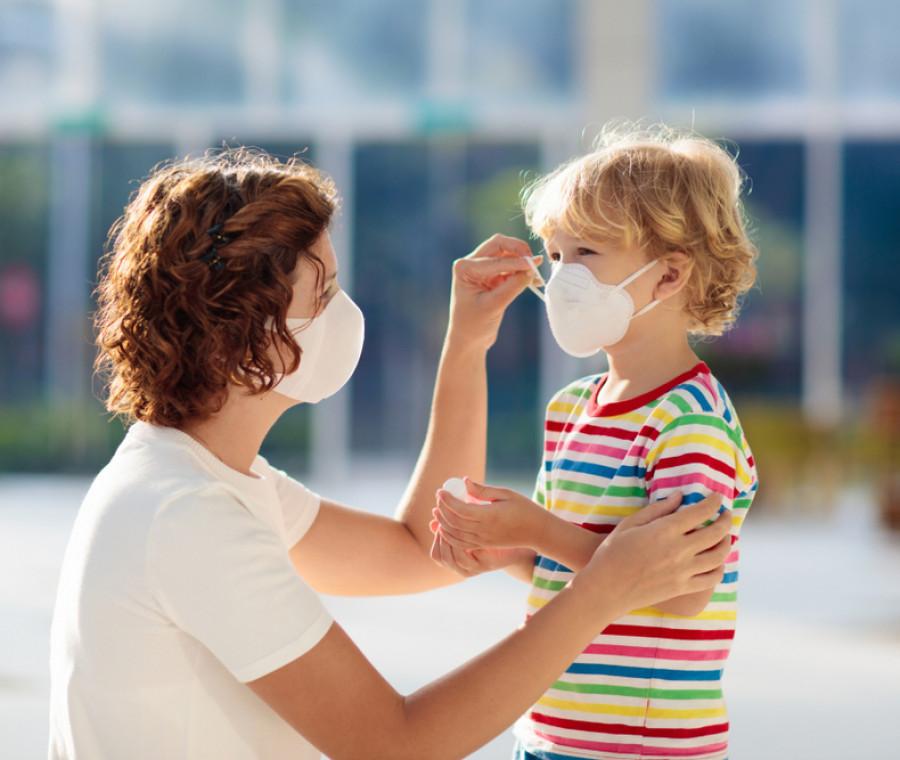 come-usare-le-mascherine-sui-bambini-le-indicazioni-dei-pediatri