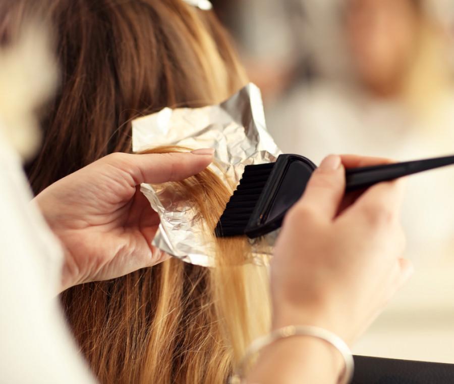 come-fare-la-tinta-in-casa-e-prendersi-cura-dei-capelli