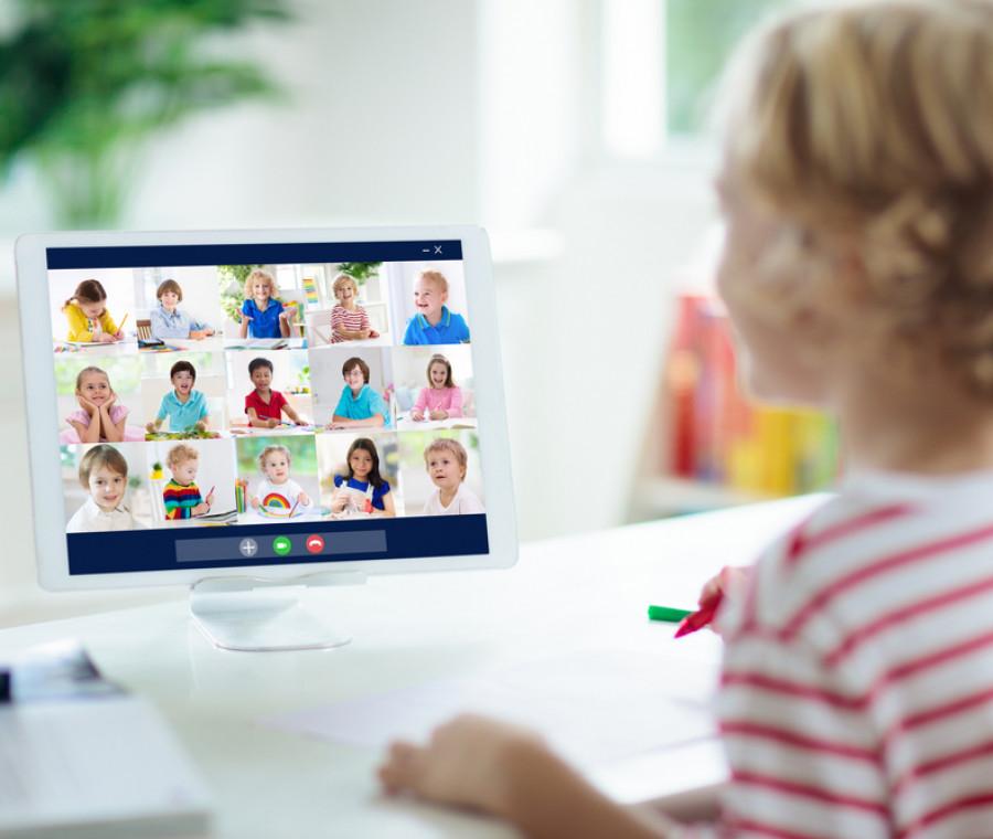 cosa-serve-per-la-didattica-a-distanza-e-come-aiutare-i-bambini